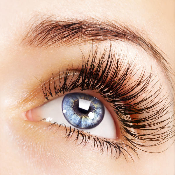 8-ideas-that-How-to-get-thicker-lashes-7